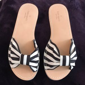 NWOB Kate Spade ♠️ Black and White Bow Sandals SZ8